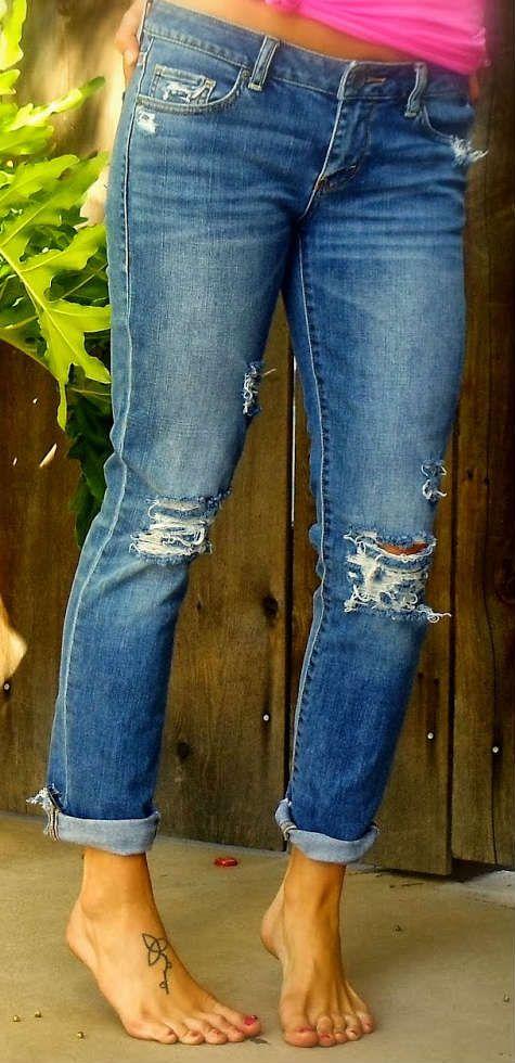 Готовые рваные джинсы фото