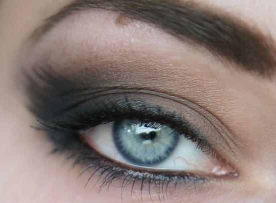 Растушеванные стрелки для глаз фото