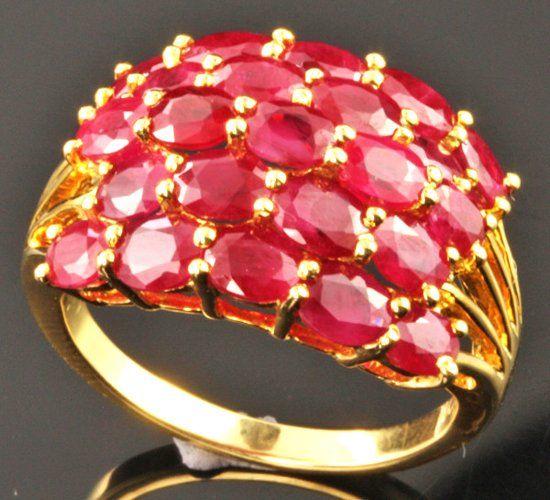 Кольцо с камнем корунд фото