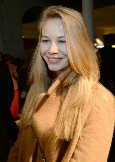Актриса Светлана Устинова