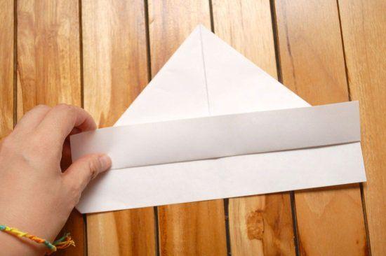Кораблик из бумаги шаг 3
