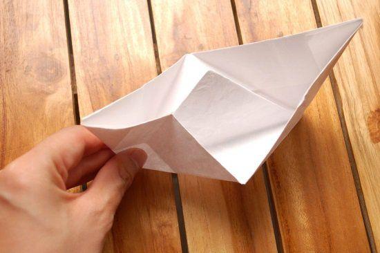 Кораблик из бумаги шаг 8
