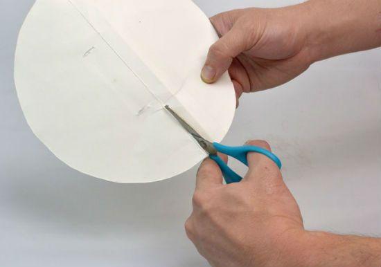 Помпон из бумаги способ 1 шаг 2