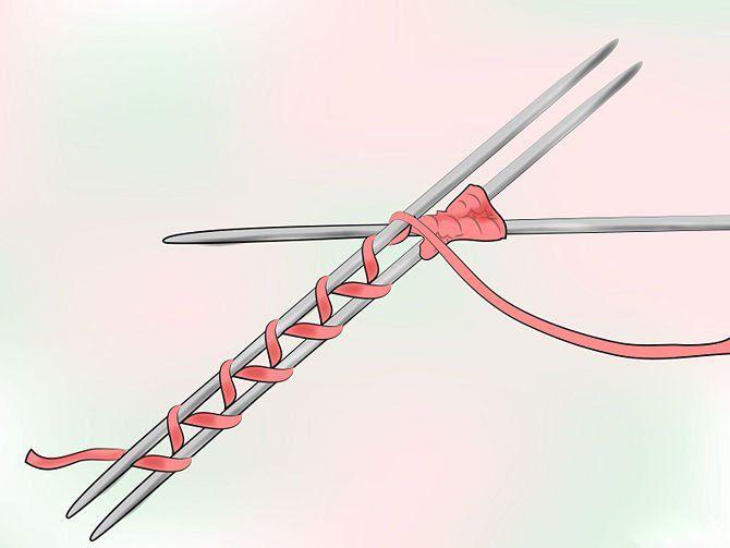 Обматываем нитку вокруг петель  второй шаг фото