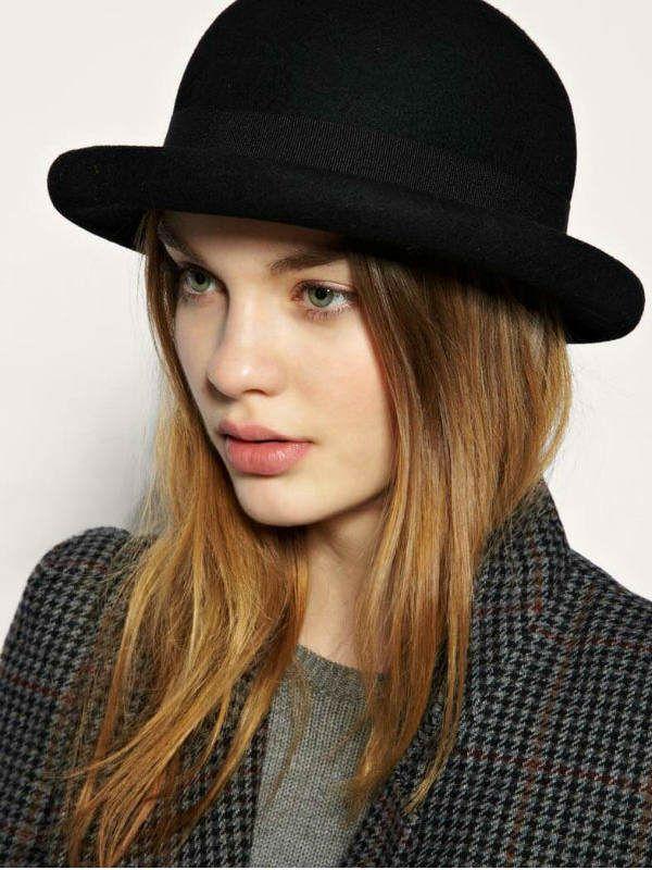 Шляпа в английском стиле.