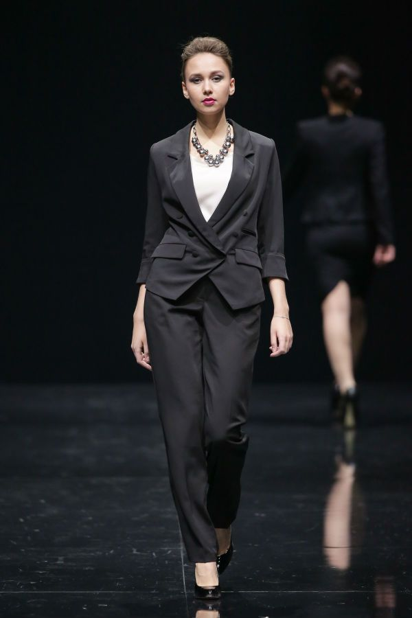 Классические женские брюки фото