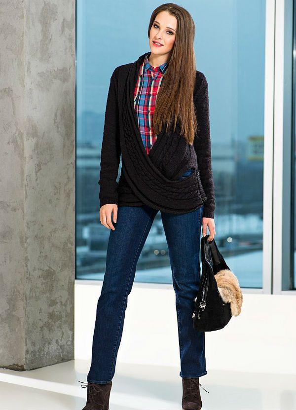 Классические женские джинсы фото