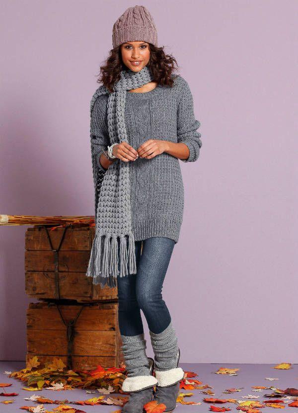 Сочетание угги и платье-свитер фото