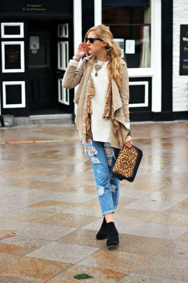 Женские рваные джинсы фото