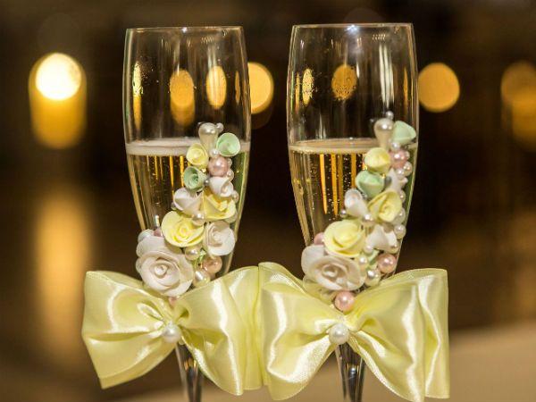Свадебные бокалы с цветами фото