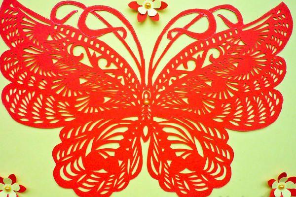 Готовая ажурная бабочка фото