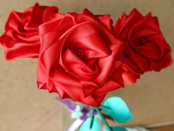 Готовая объемная роза фото