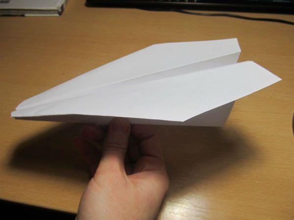 Готовый классический самолет фото