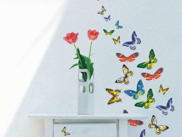 Панно из бабочек фото