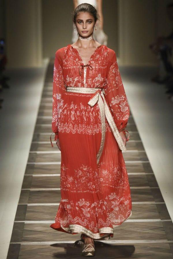 Вечернее платье в этническом стиле фото