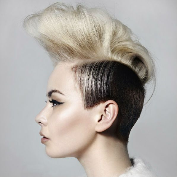 Ирокез на волосах до плеч фото