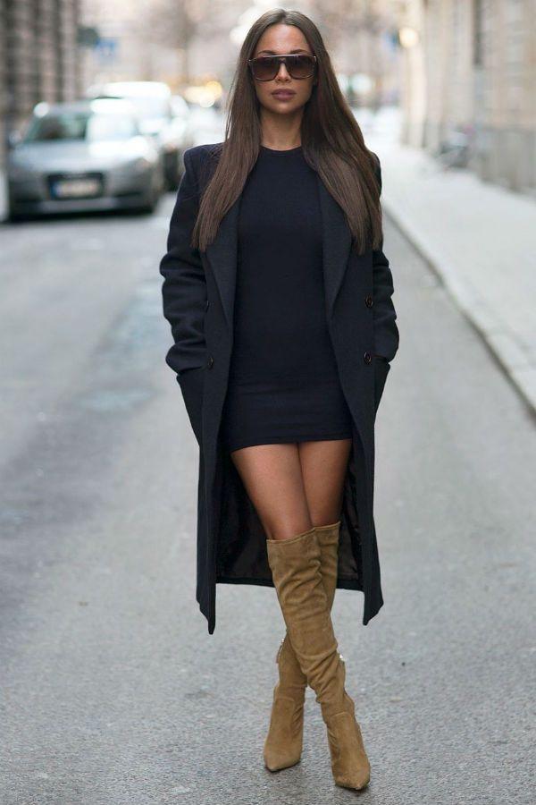 Однотонное черное платье фото