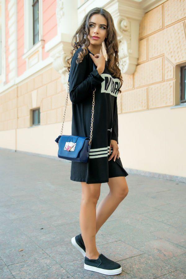 Спортивное черное платье фото
