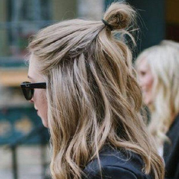 Легкая прическа с распущенными волосами
