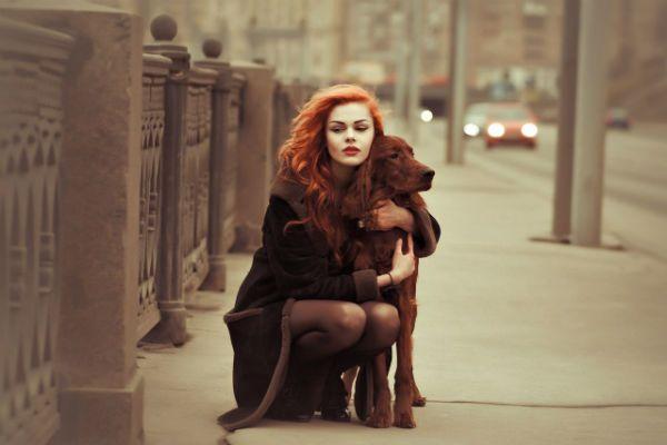 Девушка с собакой фото