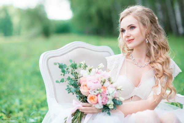 Идеи для свадебной фотосессии на природе летом (Фото)
