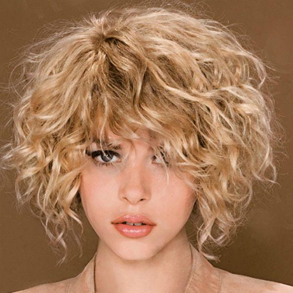 Каре для вьющихся волос фото