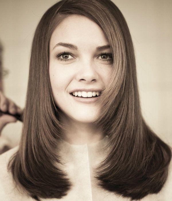 Лесенка на средние волосы фото