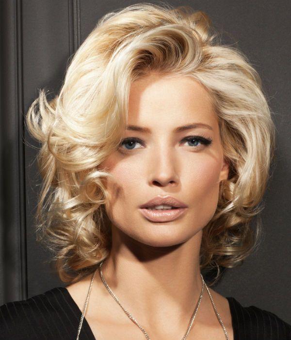 Модельная стрижка для средней длины волос фото