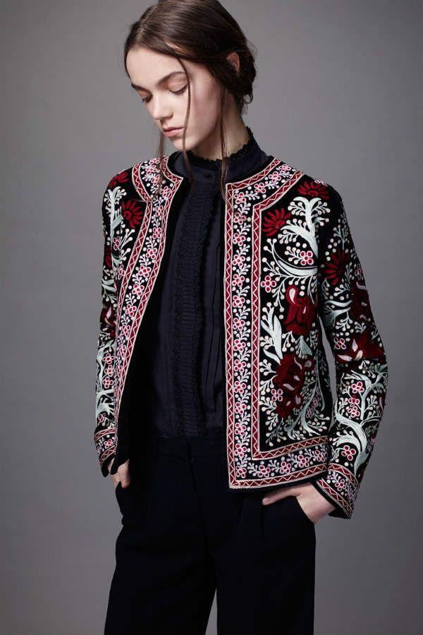 Пиджак с вышивкой фото