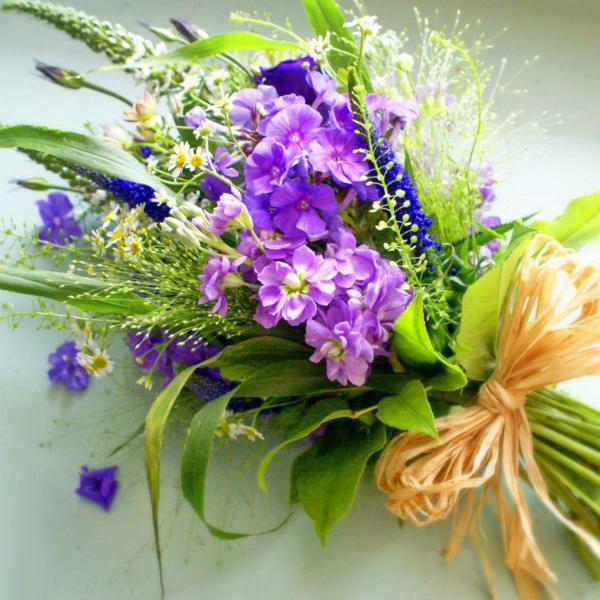Букет из полевых цветов 4 фото