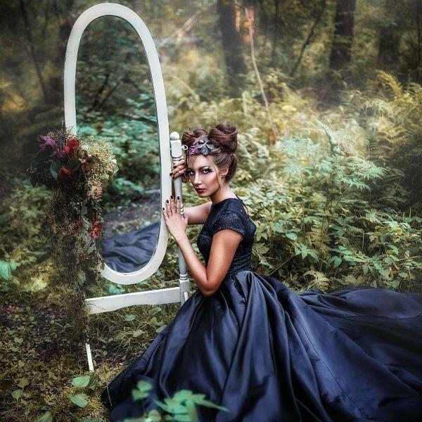 Фотозона в стиле мистика на природе фото