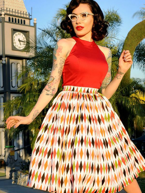 Платье в стиле пин-ап фото