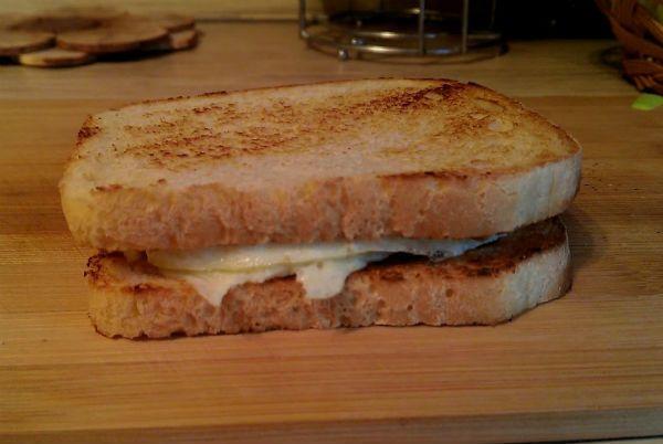Бутерброд с омлетом фото