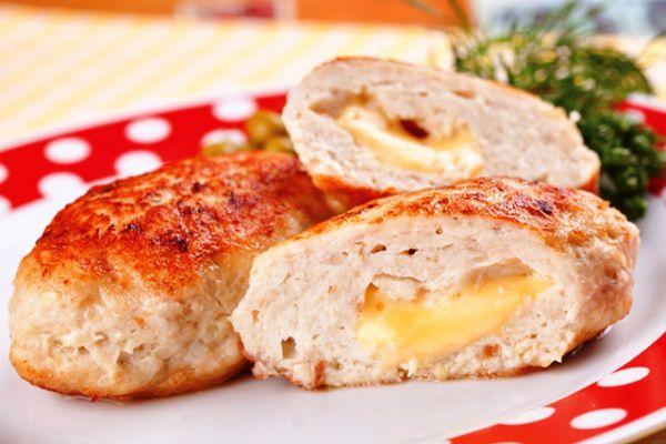 Котлеты куриные с сыром фото