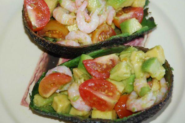 Лодочки из авокадо фото