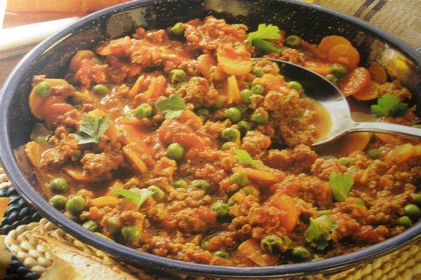 Рагу из овощей с куриными желудками фото