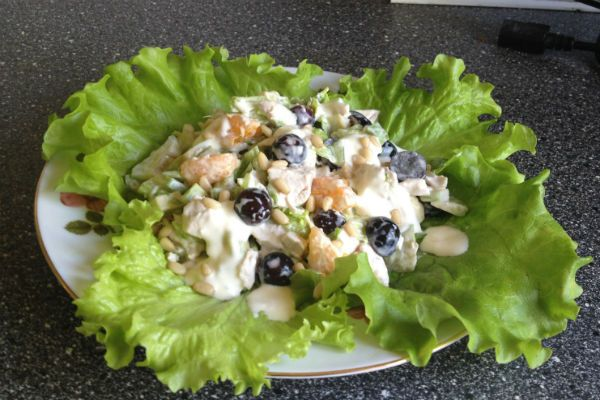 Салат с виноградом фото