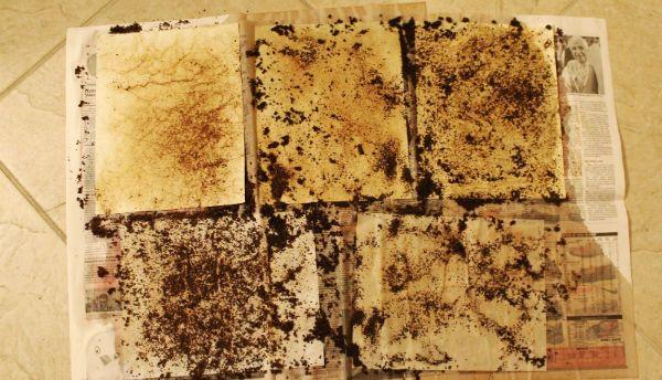 Состаривание бумаги с применением гранул кофе  фото
