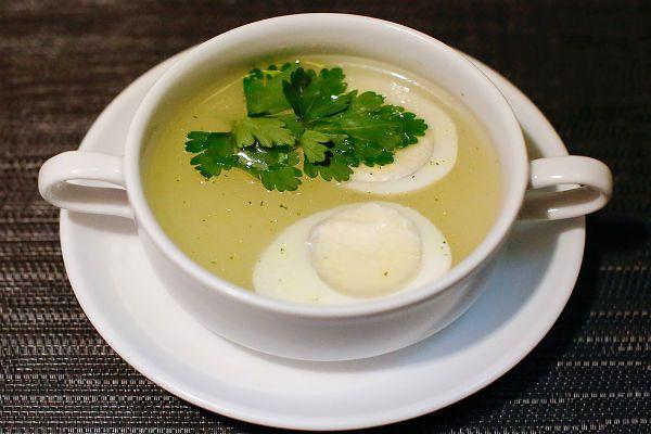 Суп с яйцом фото