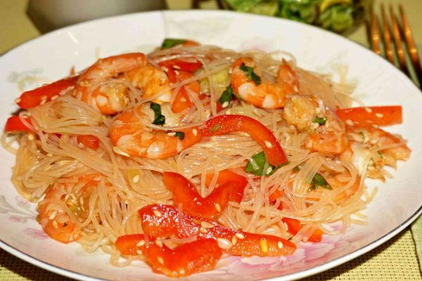 Азиатский салат фото
