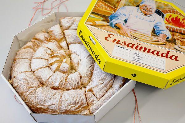 Булочки Ensaimadas фото