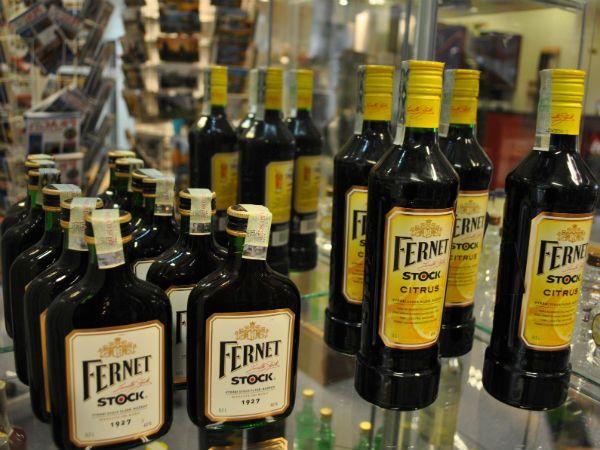 Fernet Stock фото