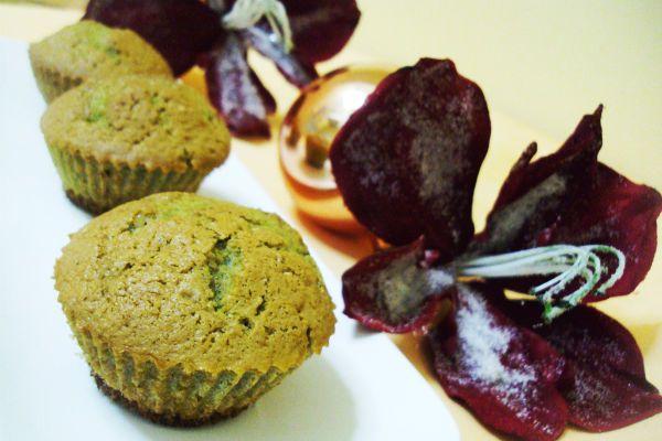 Кексы с зеленым чаем фото
