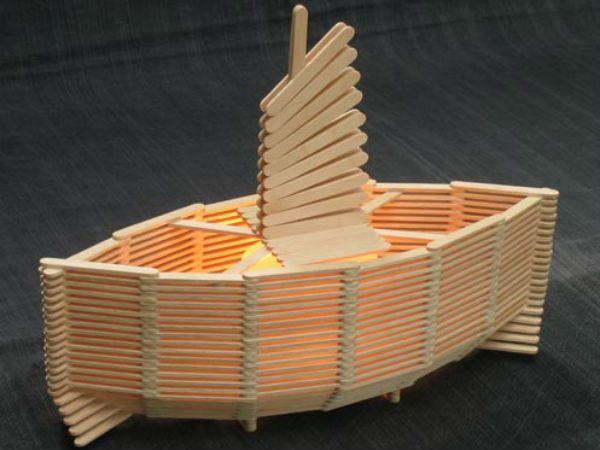Кораблик из палочек от мороженого 3 фото