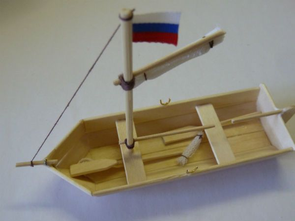 Кораблик из палочек от мороженого фото