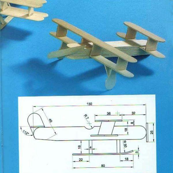Самолет из палочек от мороженого фото