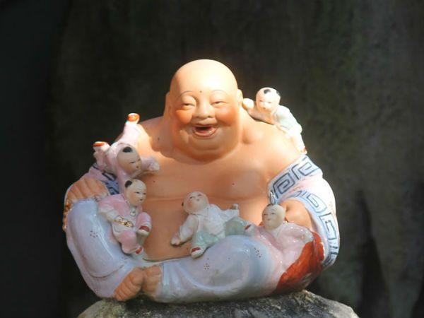 Смеющийся будда фото