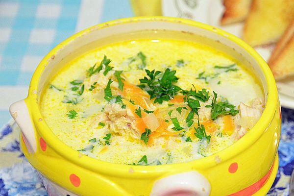 Суп из курицы с сыром по-французски фото