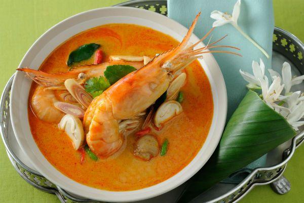 Том ям кунг (тайский суп) фото