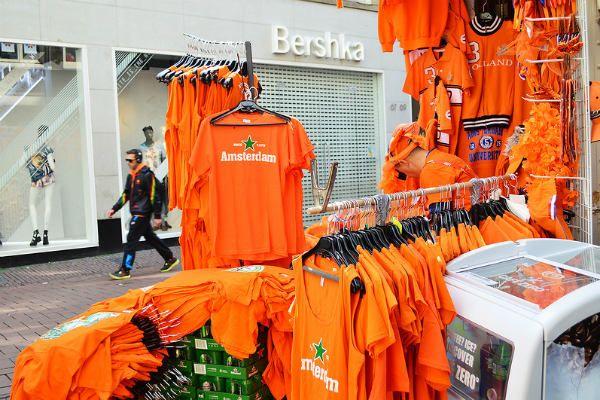 Оранжевые сувениры фото